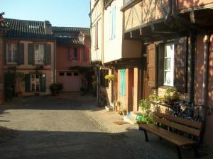 Типичный дворик в Альби